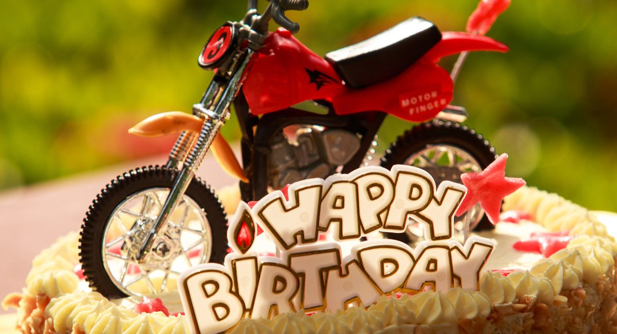 Stupendous Biker Birthday Cakes Biker Way Of Life Personalised Birthday Cards Cominlily Jamesorg